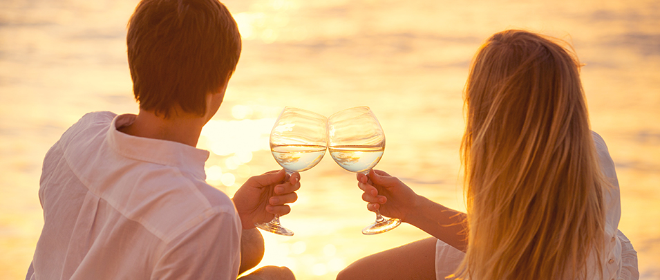 Le vin parfait pour le coucher de soleil parfait